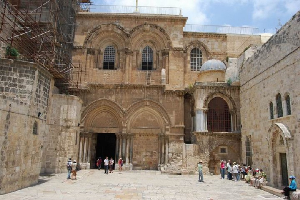 Holy-Sepulcher-Entrance