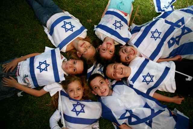 MIDEAST ISRAEL INDEPENDENCE DAY